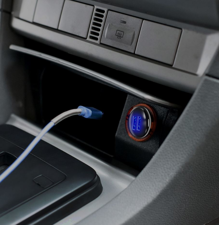 Irusu_Two_Port_Car_Charger_Fast